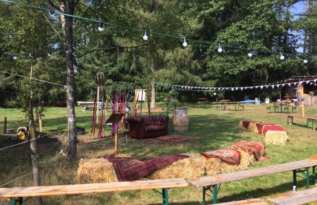 bruiloftopstelling Kamp Buitendoor