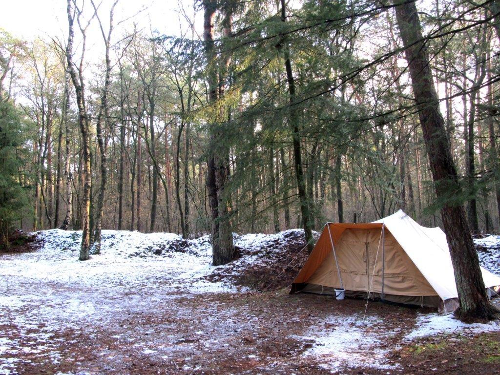 winterkamperen op een Natuurkampeerterrein