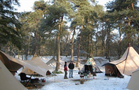 winterkamperen op een GroepsNatuurkampeerterrein